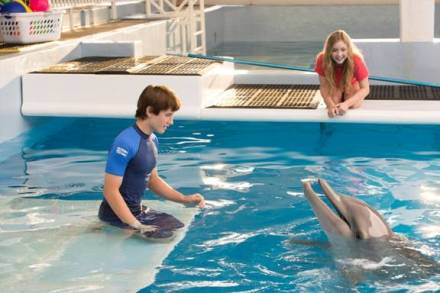 dolphin tale 2 too